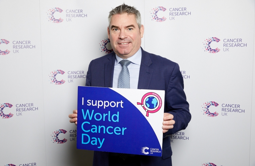 Craig supporting Cancer Research UK